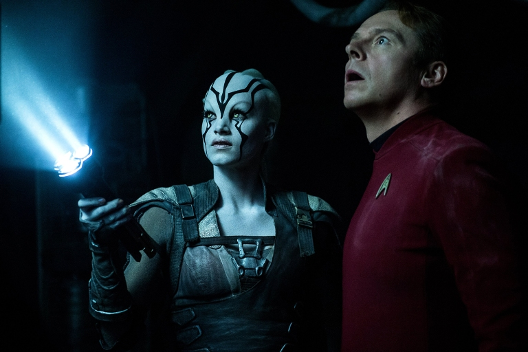 STAR_TREK_BEYOND_Jaylah_and_scott_CROP